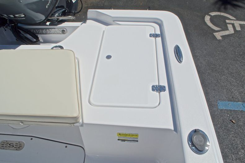 Thumbnail 16 for New 2017 Sportsman 20 Island Bay boat for sale in West Palm Beach, FL