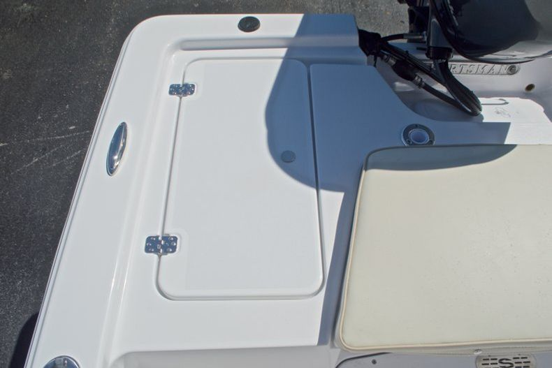 Thumbnail 14 for New 2017 Sportsman 20 Island Bay boat for sale in West Palm Beach, FL