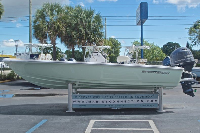 Thumbnail 4 for New 2017 Sportsman 20 Island Bay boat for sale in West Palm Beach, FL