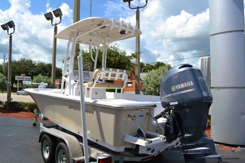 Thumbnail 3 for Used 2014 Sportsman Masters 227 Bay Boat boat for sale in Vero Beach, FL