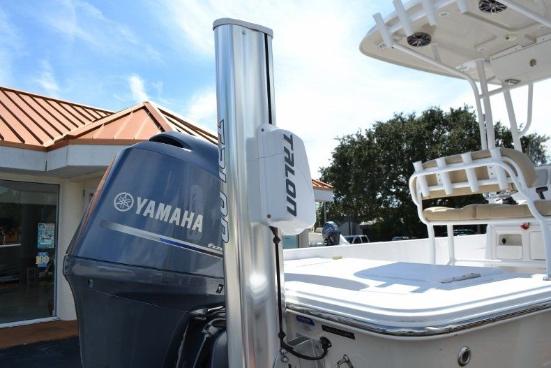 Thumbnail 8 for Used 2014 Sportsman Masters 227 Bay Boat boat for sale in Vero Beach, FL