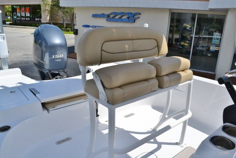 Thumbnail 18 for Used 2014 Sportsman Masters 227 Bay Boat boat for sale in Vero Beach, FL