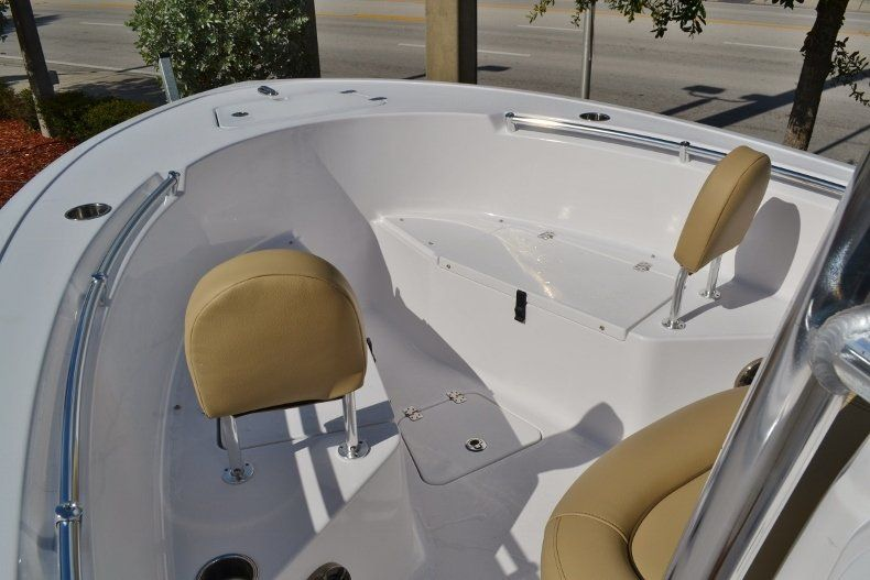 Thumbnail 10 for New 2017 Sportsman Open 212 Center Console boat for sale in West Palm Beach, FL