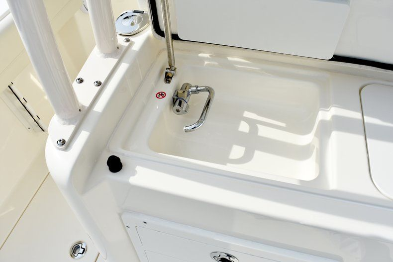 Thumbnail 34 for New 2019 Cobia 344 Center Console boat for sale in Fort Lauderdale, FL