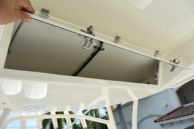 Thumbnail 49 for New 2019 Cobia 344 Center Console boat for sale in Fort Lauderdale, FL