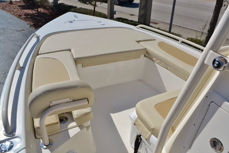 Thumbnail 10 for New 2017 Pathfinder 2200 TRS Bay Boat boat for sale in Vero Beach, FL