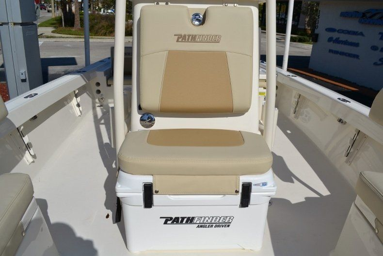 Thumbnail 20 for New 2017 Pathfinder 2200 TRS Bay Boat boat for sale in Vero Beach, FL