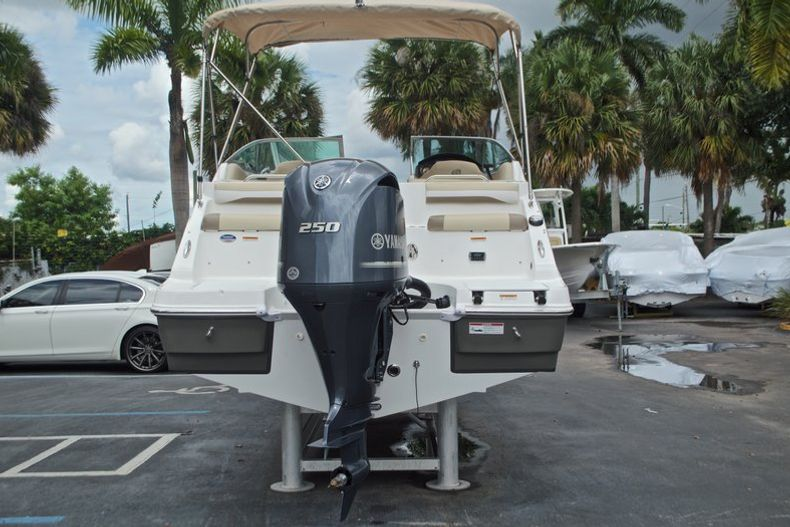 Thumbnail 7 for New 2017 Hurricane SunDeck SD 2486 OB boat for sale in West Palm Beach, FL