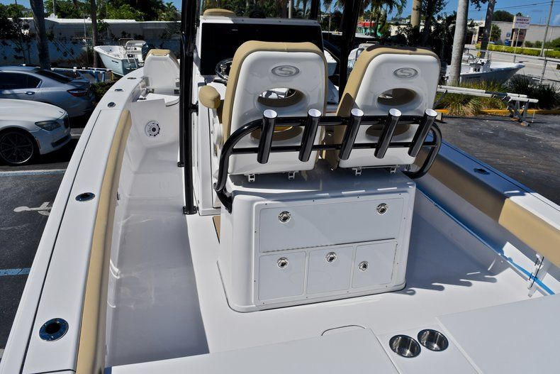 Thumbnail 11 for New 2018 Sportsman Masters 267 Bay Boat boat for sale in Vero Beach, FL