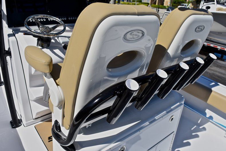 Thumbnail 27 for New 2018 Sportsman Masters 267 Bay Boat boat for sale in Vero Beach, FL