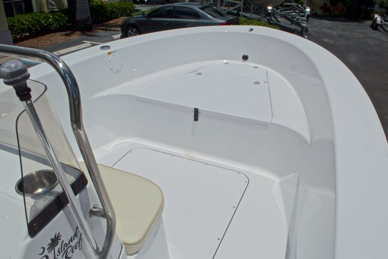 Thumbnail 26 for New 2017 Sportsman 19 Island Reef boat for sale in West Palm Beach, FL