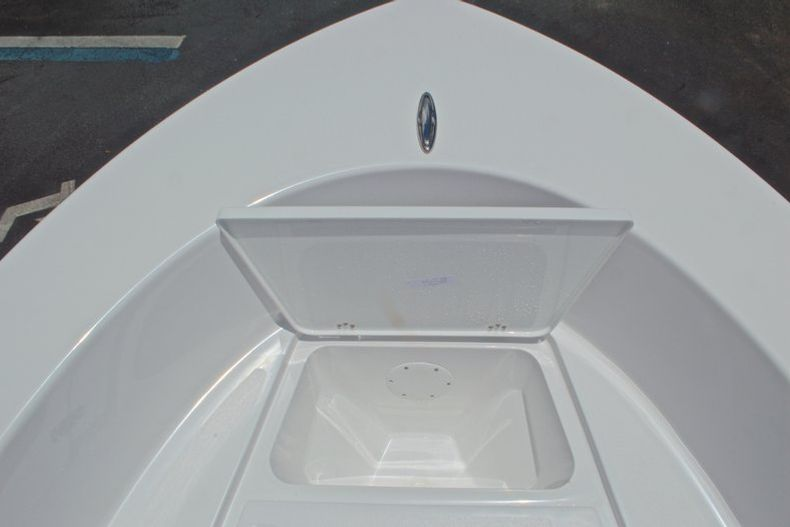 Thumbnail 31 for New 2017 Sportsman 19 Island Reef boat for sale in West Palm Beach, FL