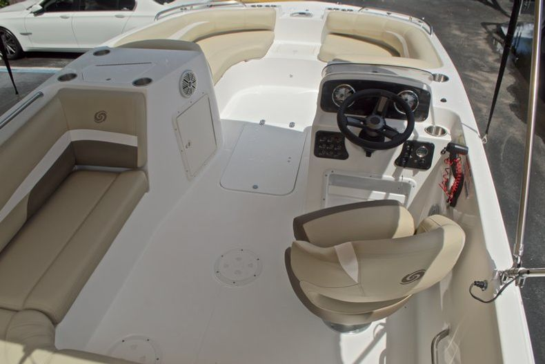 Image 8 for 2017 Hurricane SunDeck Sport SS 188 OB in West Palm Beach, FL