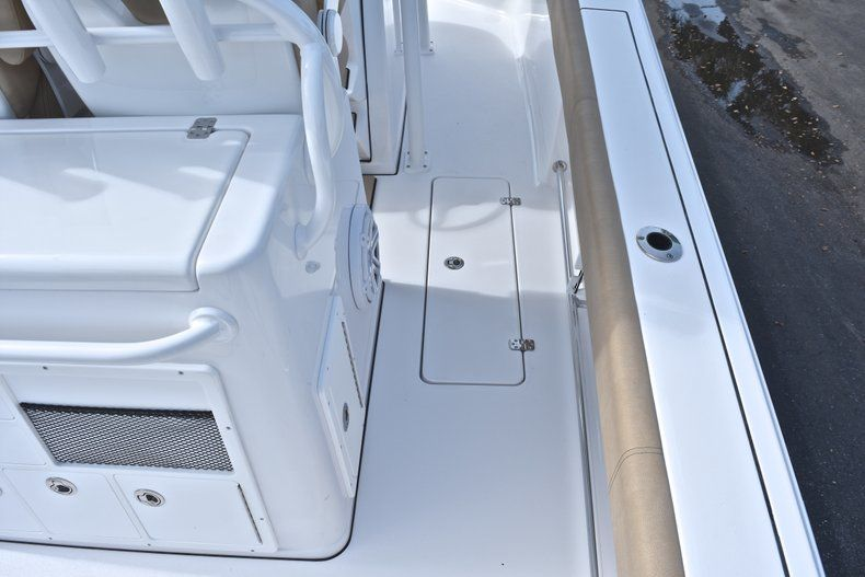 Thumbnail 20 for New 2019 Sportsman Open 282 Center Console boat for sale in Miami, FL