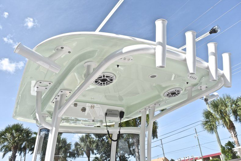 Thumbnail 32 for New 2019 Sportsman Open 282 Center Console boat for sale in Miami, FL