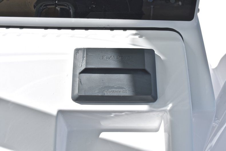 Thumbnail 45 for New 2019 Sportsman Open 282 Center Console boat for sale in Miami, FL