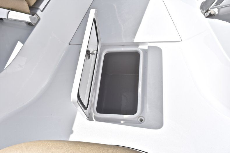 Thumbnail 60 for New 2019 Sportsman Open 282 Center Console boat for sale in Miami, FL