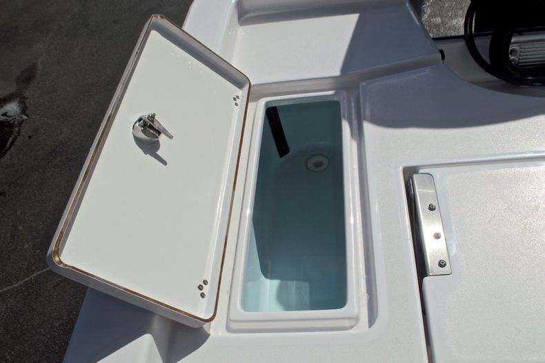 Thumbnail 14 for New 2017 Sportsman Masters 247 Bay Boat boat for sale in West Palm Beach, FL