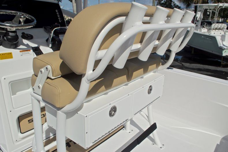 Thumbnail 21 for New 2017 Sportsman Masters 247 Bay Boat boat for sale in West Palm Beach, FL