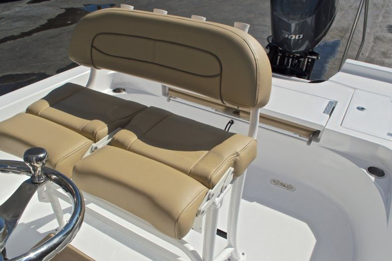 Thumbnail 24 for New 2017 Sportsman Masters 247 Bay Boat boat for sale in West Palm Beach, FL
