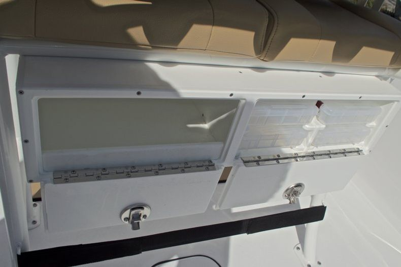 Thumbnail 22 for New 2017 Sportsman Masters 247 Bay Boat boat for sale in West Palm Beach, FL