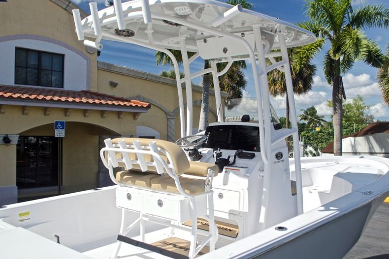 Thumbnail 10 for New 2017 Sportsman Masters 247 Bay Boat boat for sale in West Palm Beach, FL