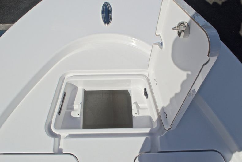 Thumbnail 50 for New 2017 Sportsman Masters 247 Bay Boat boat for sale in West Palm Beach, FL