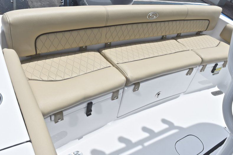Thumbnail 9 for New 2018 Sportsman Heritage 211 Center Console boat for sale in Vero Beach, FL