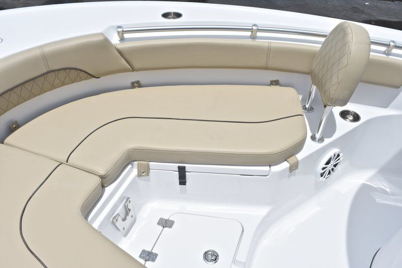 Thumbnail 44 for New 2018 Sportsman Heritage 211 Center Console boat for sale in Vero Beach, FL