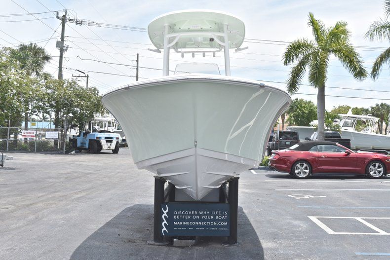 Thumbnail 2 for New 2018 Sportsman Heritage 211 Center Console boat for sale in Vero Beach, FL