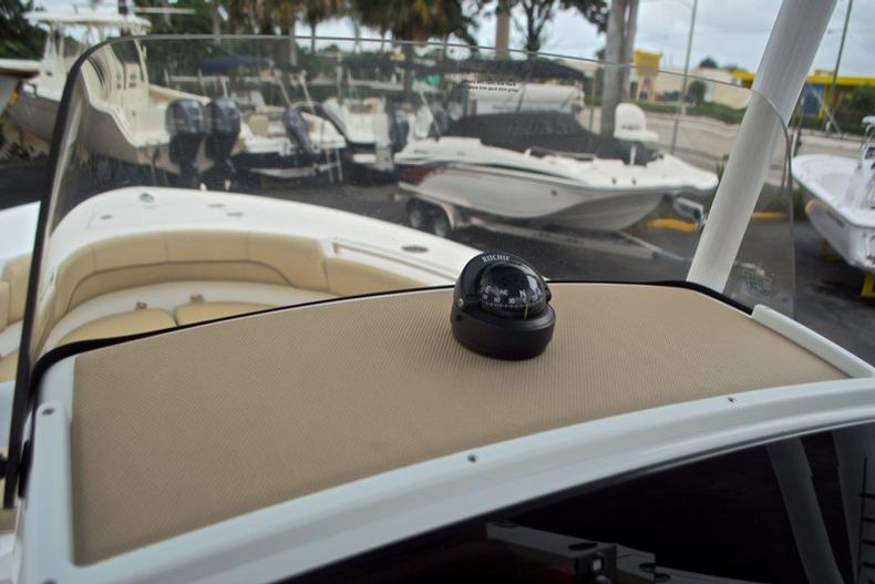 Thumbnail 24 for New 2017 Sportsman Heritage 211 Center Console boat for sale in West Palm Beach, FL