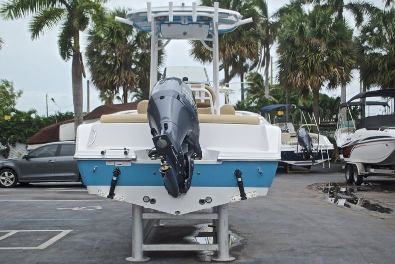 Thumbnail 7 for New 2017 Sportsman Heritage 211 Center Console boat for sale in West Palm Beach, FL