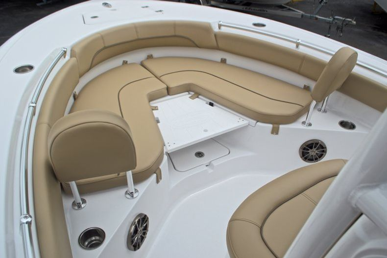Thumbnail 43 for New 2017 Sportsman Heritage 211 Center Console boat for sale in West Palm Beach, FL