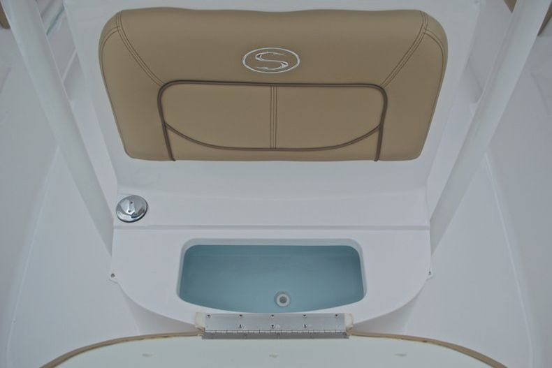 Thumbnail 46 for New 2017 Sportsman Heritage 211 Center Console boat for sale in West Palm Beach, FL