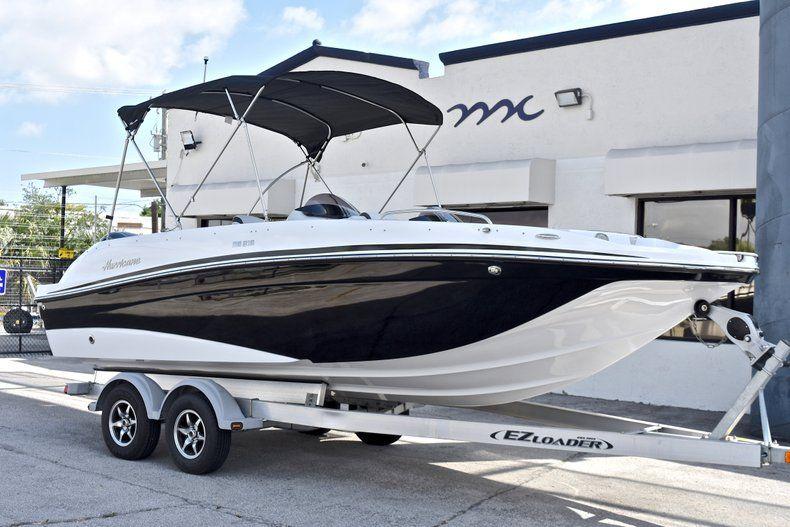Image 1 for 2018 Hurricane 218 SunDeck Sport OB in Fort Lauderdale, FL
