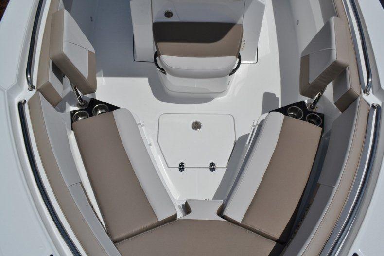 Thumbnail 16 for New 2019 Blackfin 212CC Center Console boat for sale in Vero Beach, FL