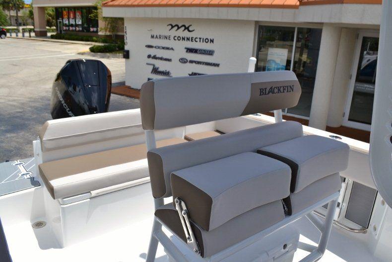 Thumbnail 18 for New 2019 Blackfin 212CC Center Console boat for sale in Vero Beach, FL