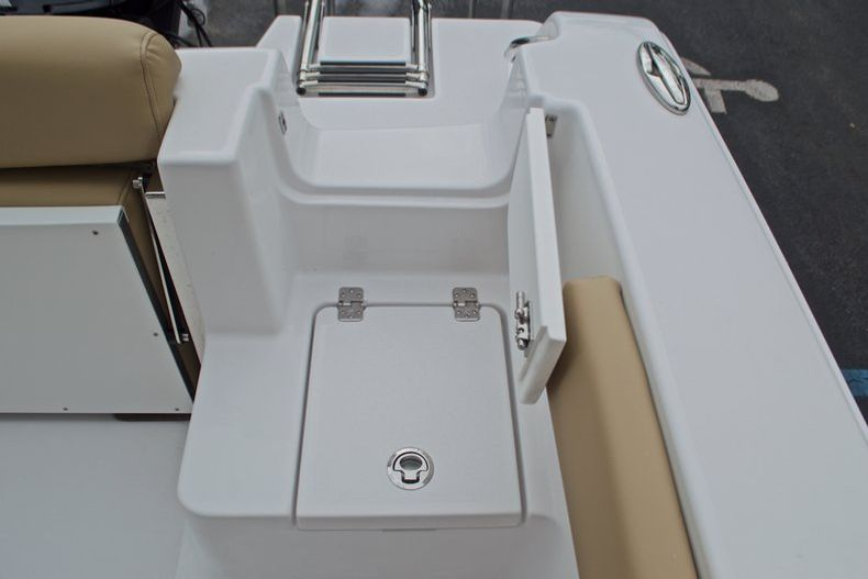 Thumbnail 20 for New 2017 Sportsman Open 212 Center Console boat for sale in Miami, FL