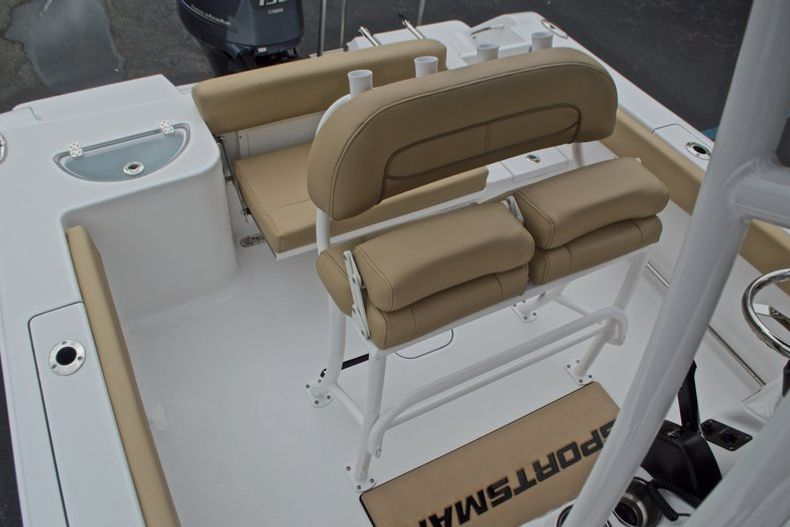 Thumbnail 27 for New 2017 Sportsman Open 212 Center Console boat for sale in Miami, FL