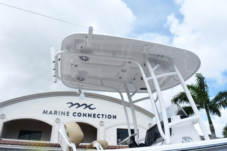 Thumbnail 9 for New 2019 Sportsman Heritage 231 Center Console boat for sale in Fort Lauderdale, FL