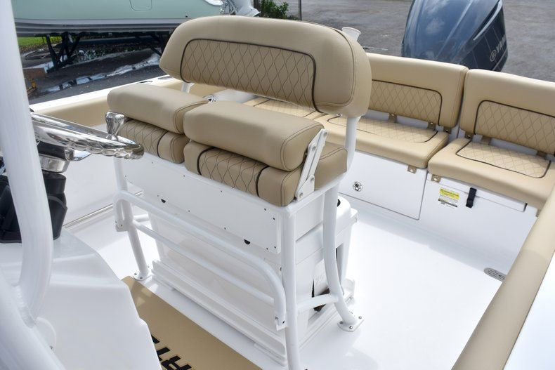 Thumbnail 23 for New 2019 Sportsman Heritage 231 Center Console boat for sale in Fort Lauderdale, FL