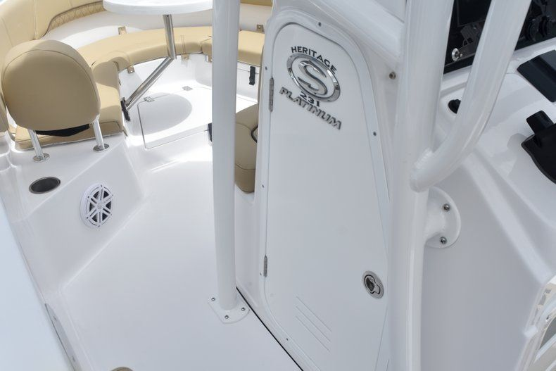 Thumbnail 40 for New 2019 Sportsman Heritage 231 Center Console boat for sale in Fort Lauderdale, FL