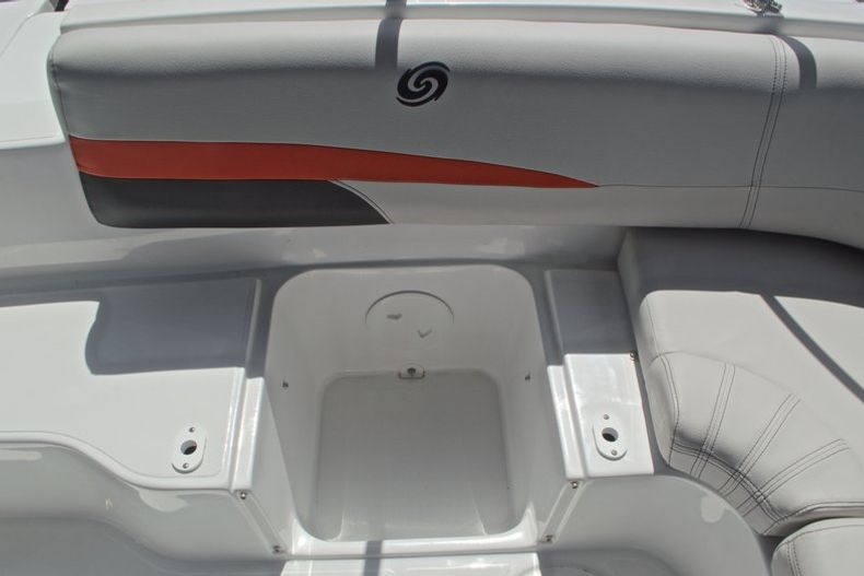 Thumbnail 20 for New 2017 Hurricane SunDeck SD 187 OB boat for sale in West Palm Beach, FL