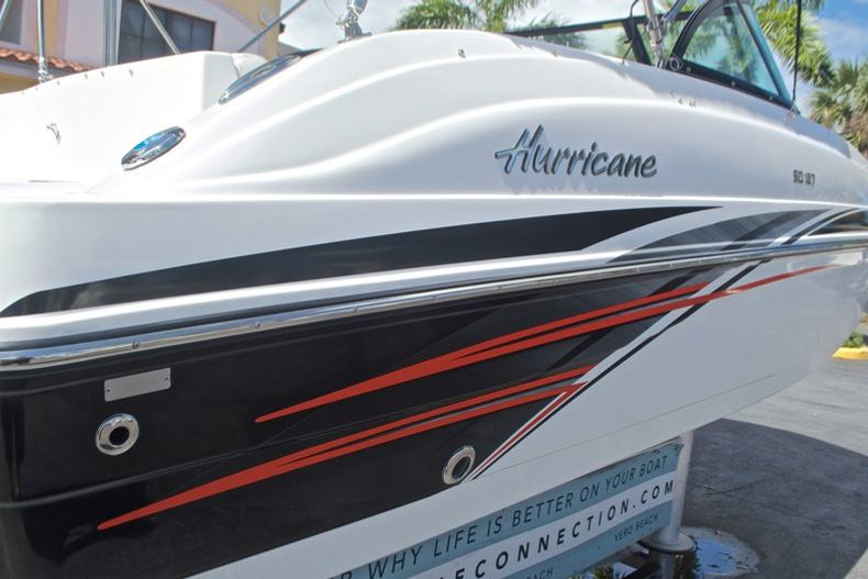 Thumbnail 10 for New 2017 Hurricane SunDeck SD 187 OB boat for sale in West Palm Beach, FL