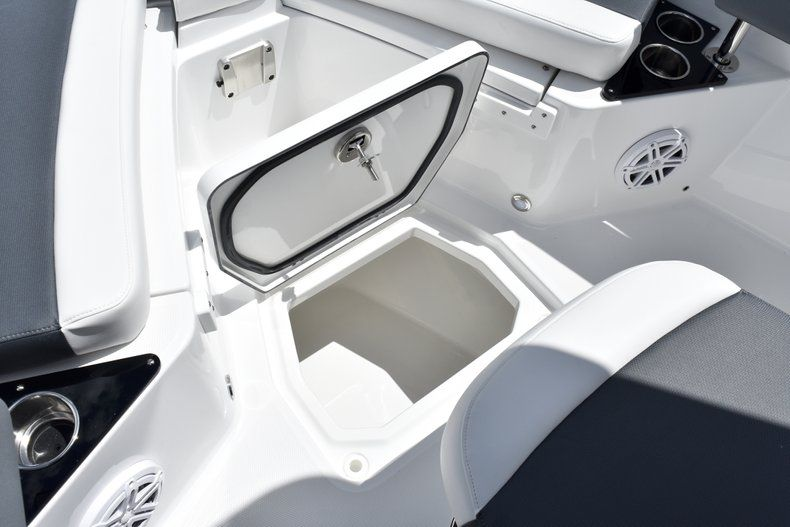 Thumbnail 49 for New 2019 Blackfin 212CC Center Console boat for sale in West Palm Beach, FL