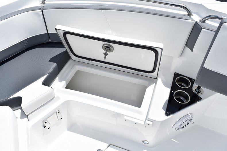 Thumbnail 56 for New 2019 Blackfin 212CC Center Console boat for sale in West Palm Beach, FL