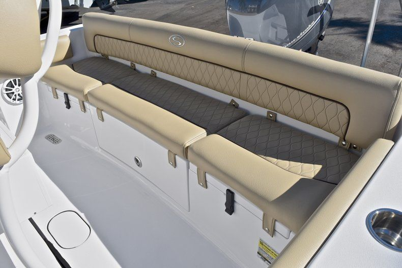 Thumbnail 11 for New 2018 Sportsman Heritage 211 Center Console boat for sale in West Palm Beach, FL