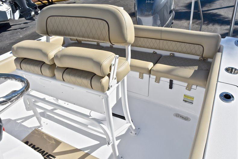 Thumbnail 25 for New 2018 Sportsman Heritage 211 Center Console boat for sale in West Palm Beach, FL