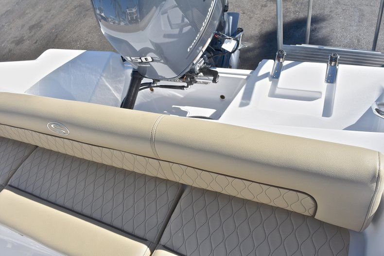 Thumbnail 12 for New 2018 Sportsman Heritage 211 Center Console boat for sale in West Palm Beach, FL