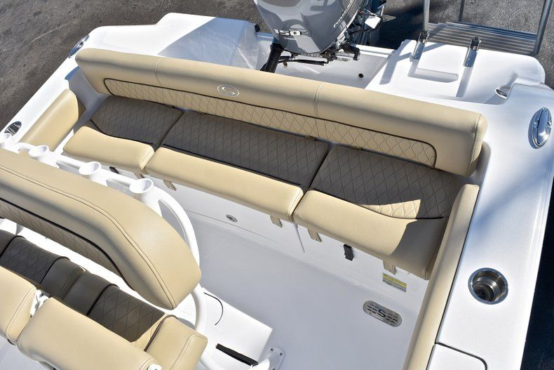 Thumbnail 10 for New 2018 Sportsman Heritage 211 Center Console boat for sale in West Palm Beach, FL